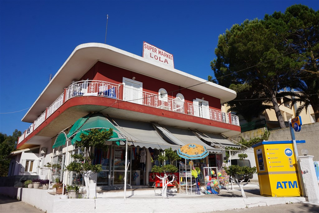 Studia a apartmány Lola - Agios Georgios - Pagi
