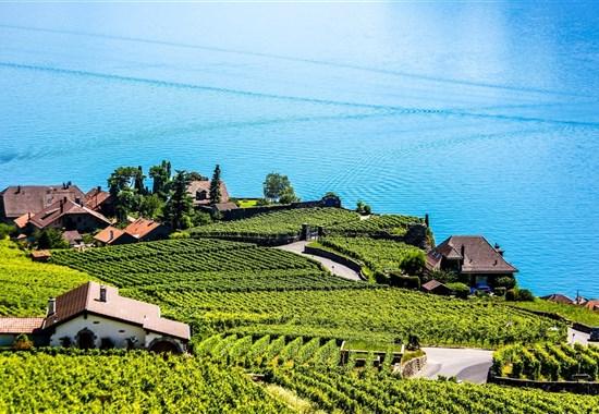 OKRUH ŠVÝCARSKEM - Švýcarsko
