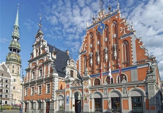 BÍLÉ NOCI V RIZE - Lotyšsko