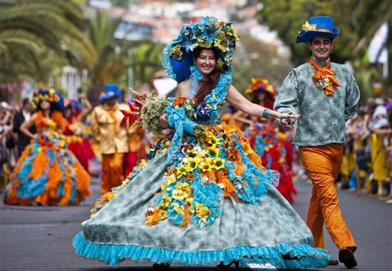 MADEIRA - KVĚTINOVÉ SLAVNOSTI - Madeira
