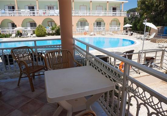 HOTEL ATHENA 55+ - Korfu