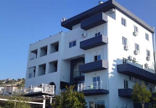 Hotel Grand - Jižní Albánie