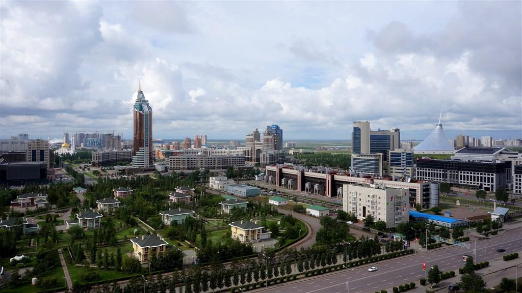 KAZACHSTÁN - KYRGYZSTÁN - Kazachstán