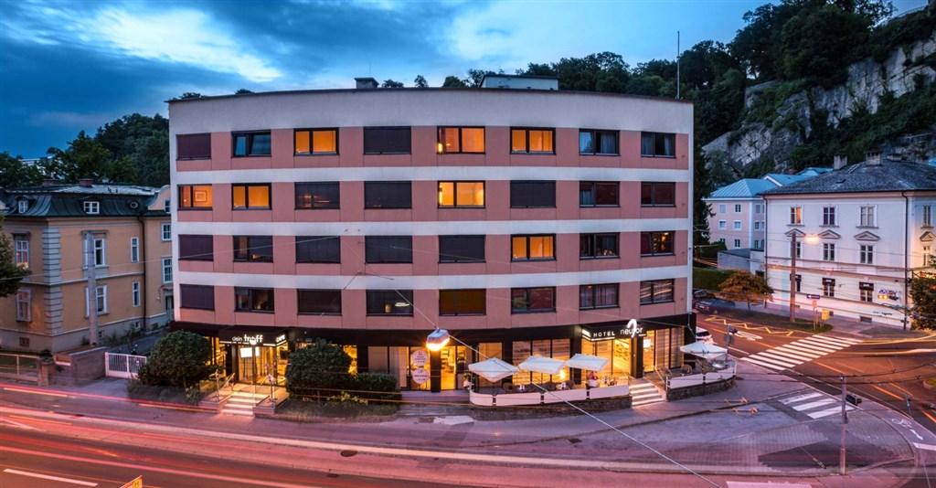 Hotel Neutor - Salcbursko