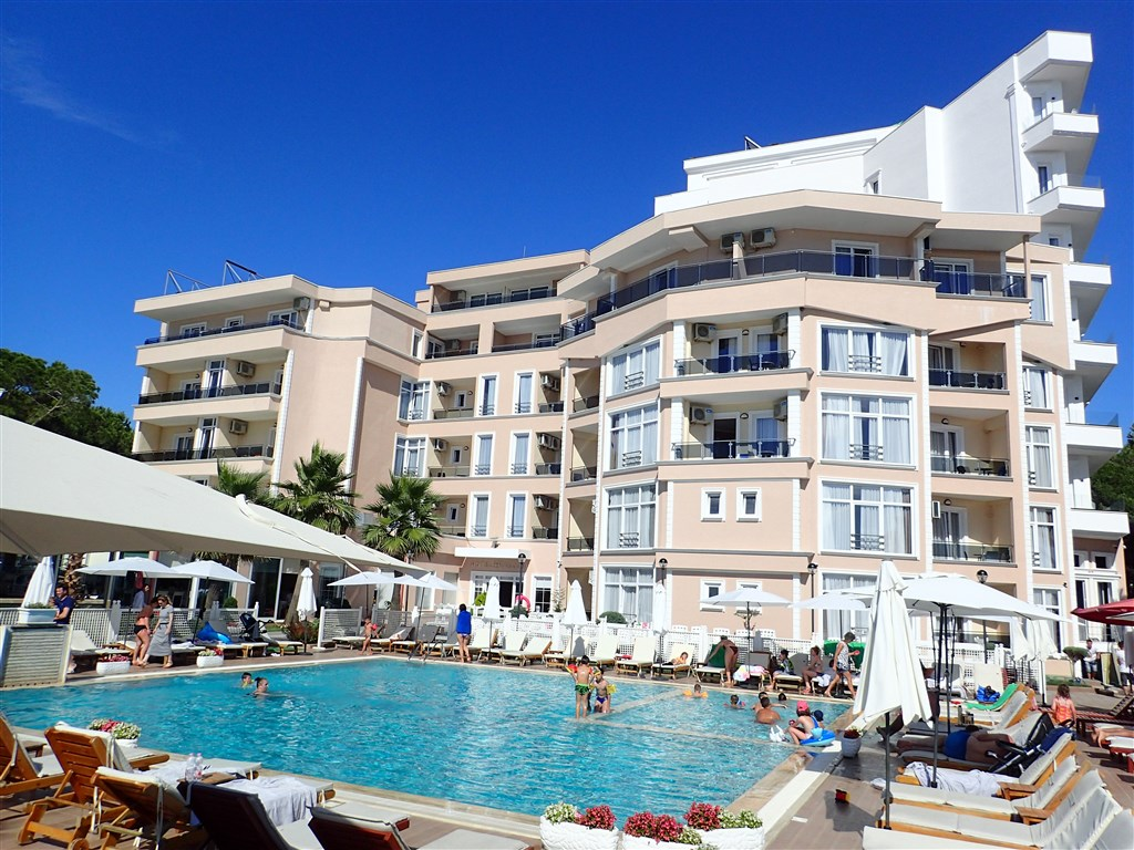 Hotel Klajdi Resort -